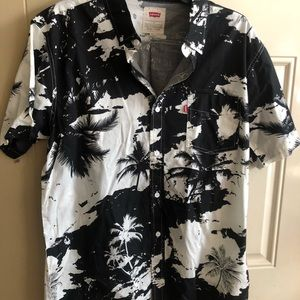Brand new never worn nice dress shirts 👔